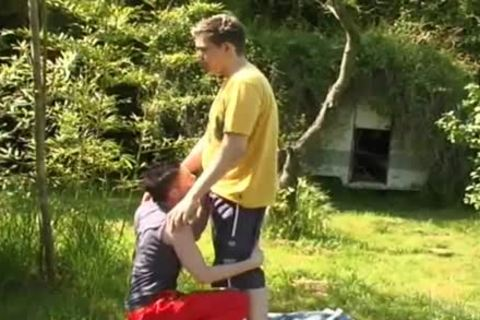 concupiscent couple Tw-nks get Frisky outdoors