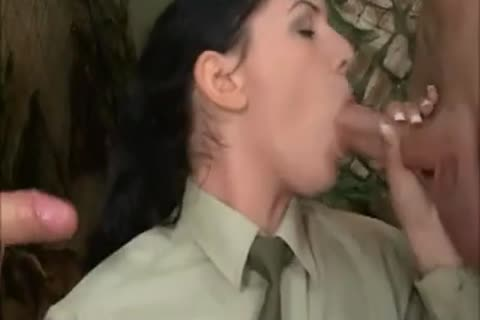 brunette girl In Al pooper three-some With two filthy Soldiers