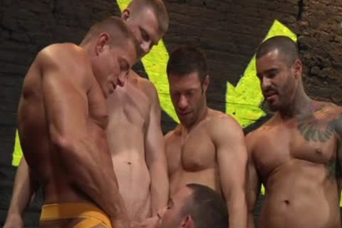 PACK ATTACK 4 PARKER PERRY - Scene 1