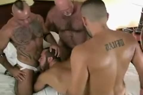 bareback Bear Daddy group-sex