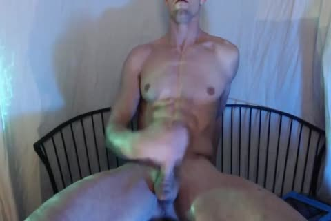 Oriental twink receive grimy outside for a change