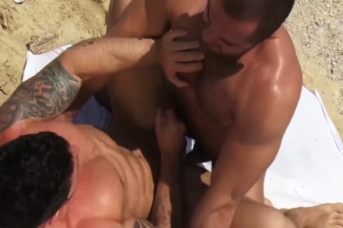 Jessy Ares And Mitchell Rocks